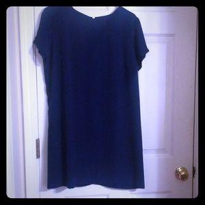 Lulu's navy blue dress